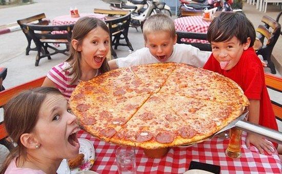 Rose's Roadhouse New York Pizza
