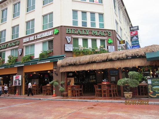 Healy Mac's Irish Bar & Restaurant