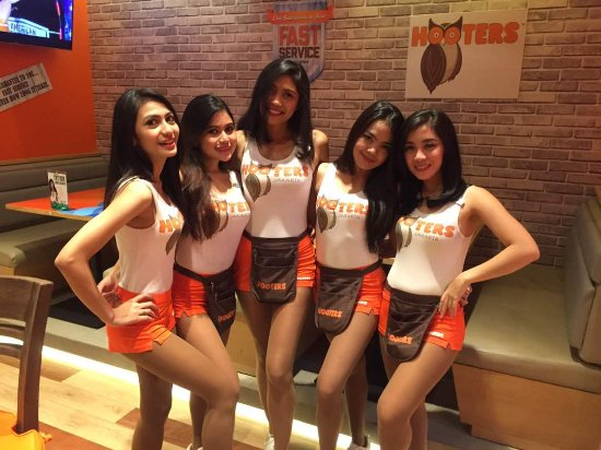 Hooters Jakarta