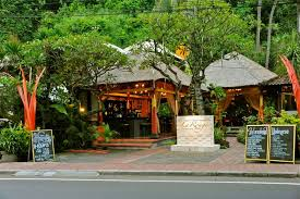 La Rouge Restaurant & Bar