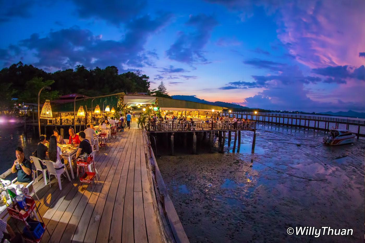Laem Hin Seafood Restaurant